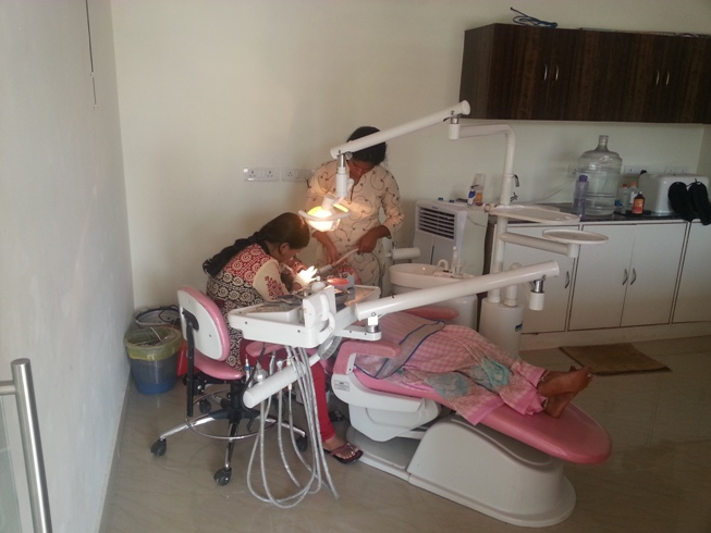 dental care center in hennur main road