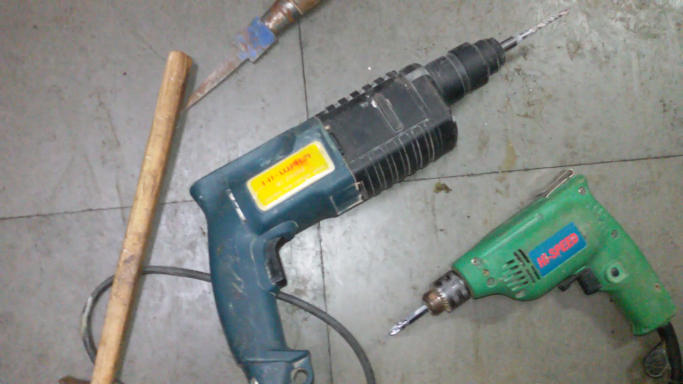 required tools for installation of wall corner bead