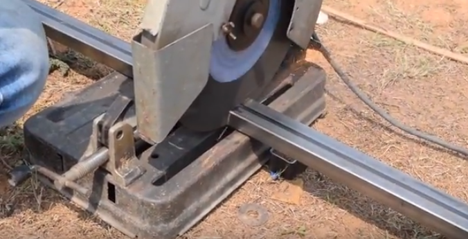 & How to Cut Metal Pipe with Hand Saw Machine - Top In Bangalore